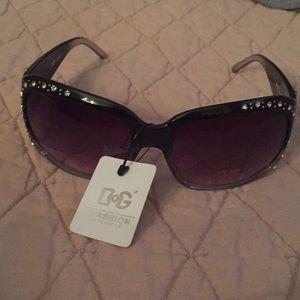 Accessories - DG oversized sunglasses